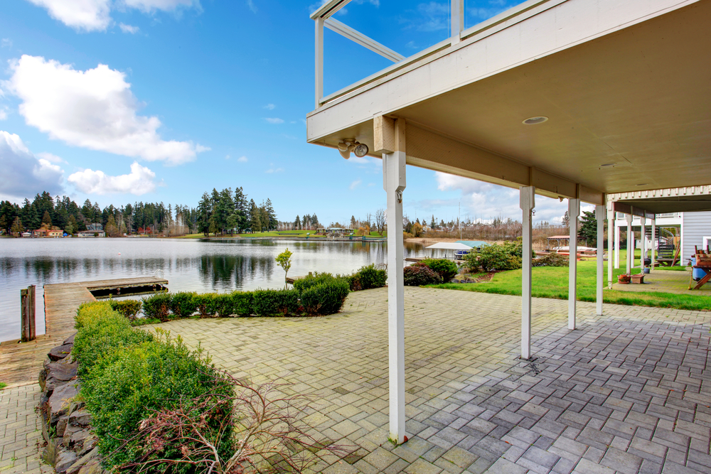 waterfront homes for sale in Snohomish